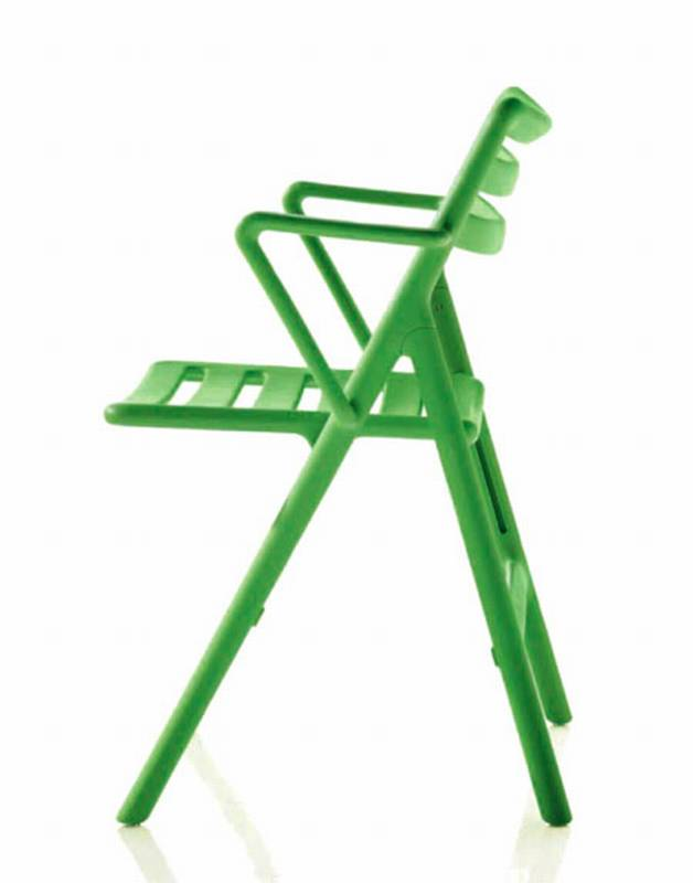 Folding Air Chair from Magis designed by Jasper Morrison.