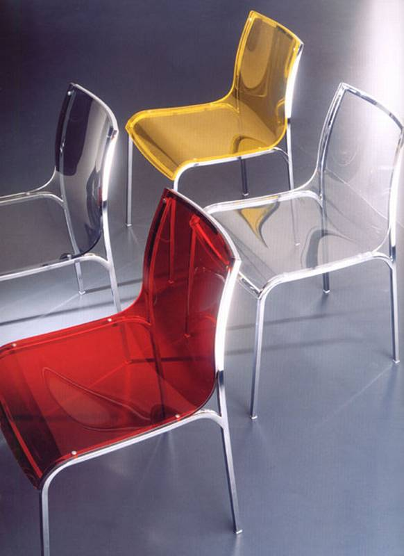 Yoga Chair from Bontempi designed by Daniele Molteni.