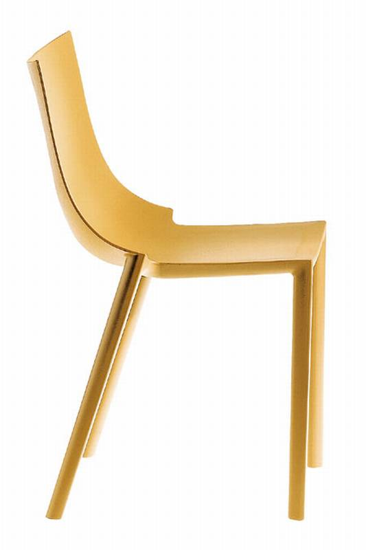 Bo from Driade designed by Philippe Starck.