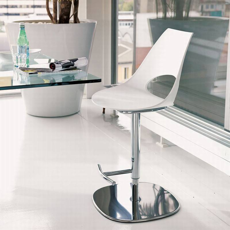 Shark Poly Stool from Bontempi.