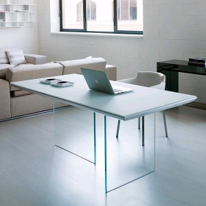 Plano T255 Dining Table